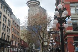 Dia normal nublado em Vancouver - Gastown